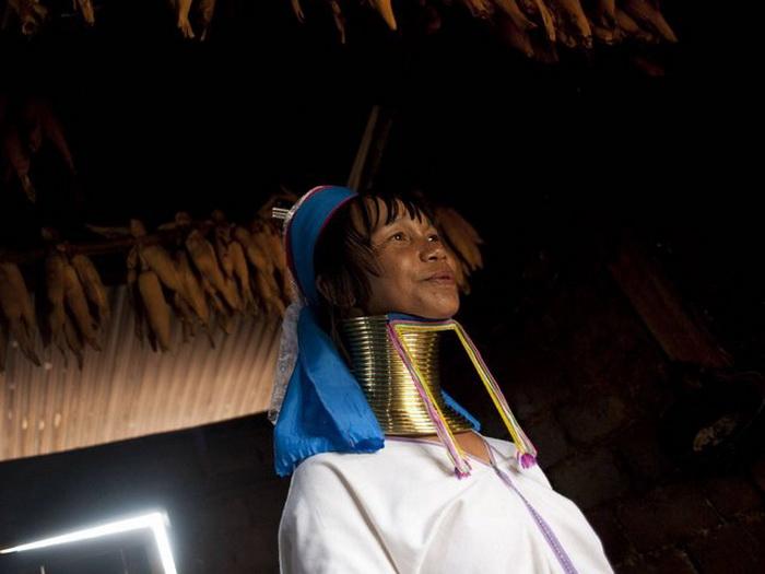 Длинные шеи племени Kayan.
