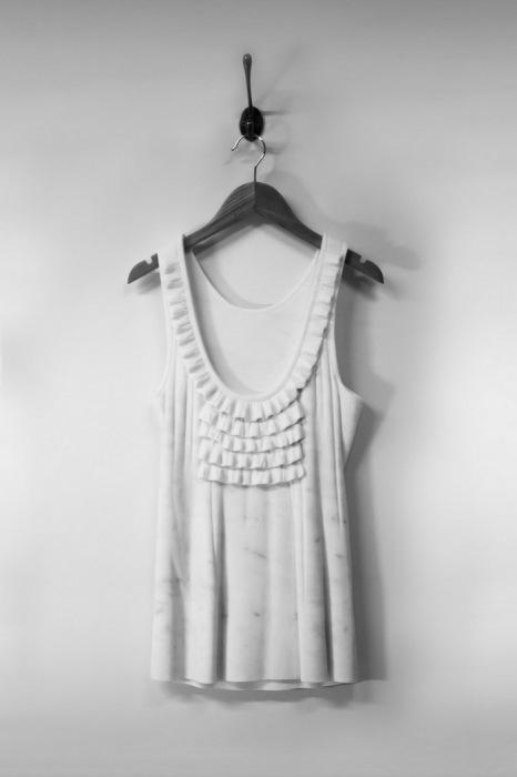 Коллекция мраморной одежды от Alasdair Thomson.