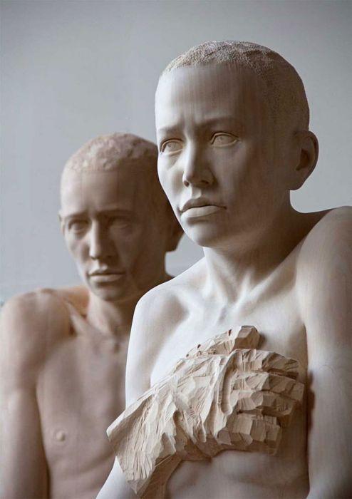 Деревянные скульптуры Mario Dilitz