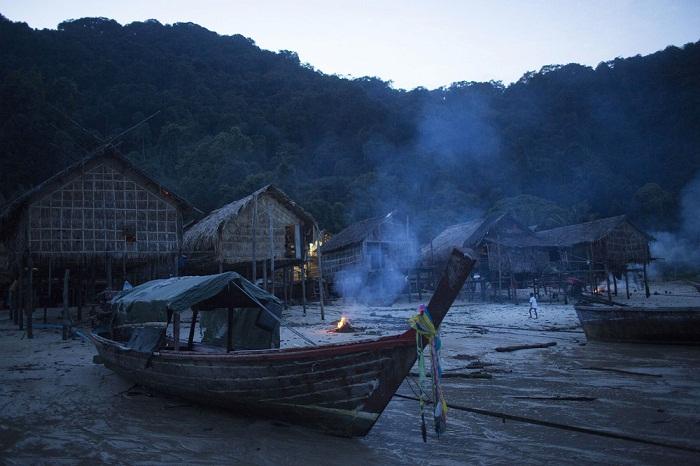 Ночная деревня