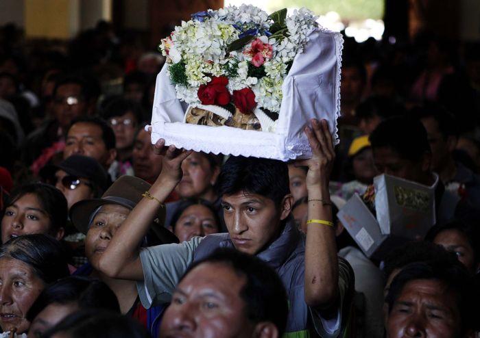 День черепа в Боливии для тех, кто хочет побыть в роли Гамлета