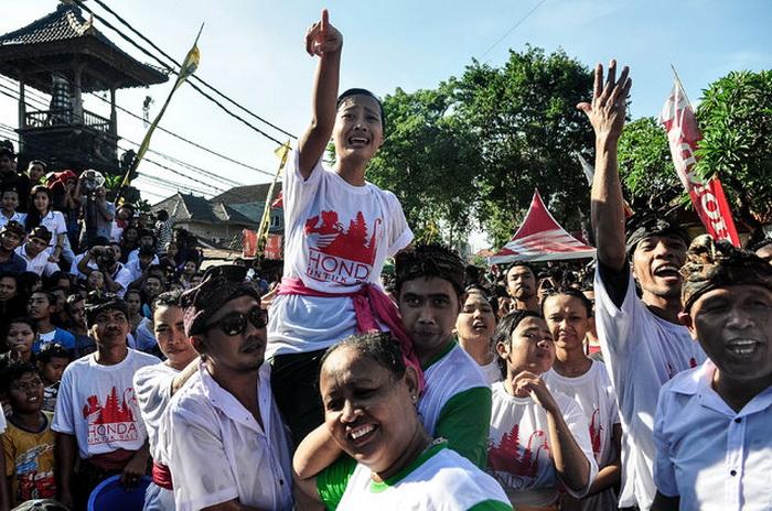 OMED Omedan на Бали.