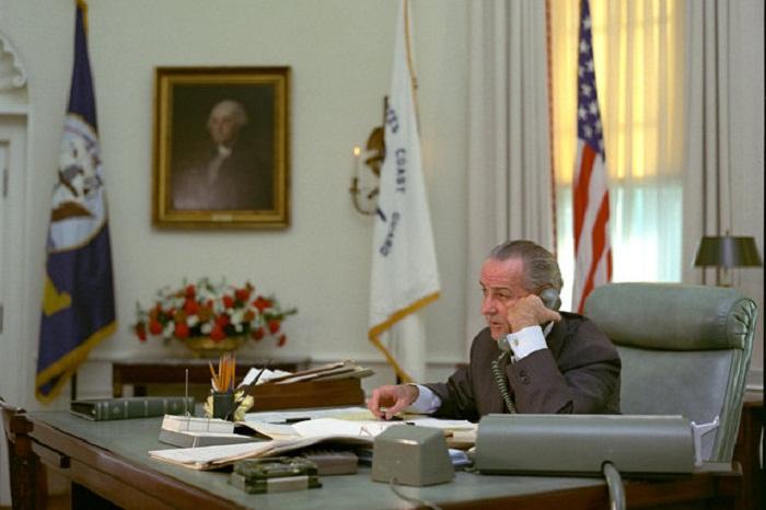 Presidential Phone