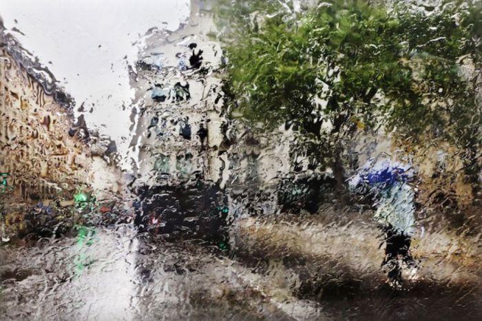 Christophe Jacrot: Париж под дождем
