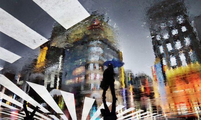 Christophe Jacrot: Париж и дождь