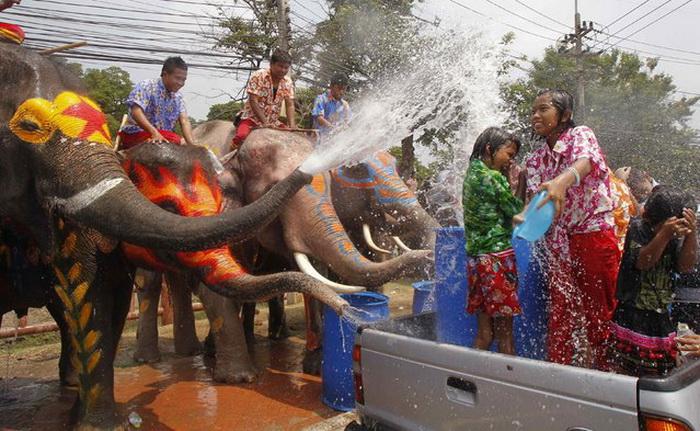 День Нептуна в Таиланде.