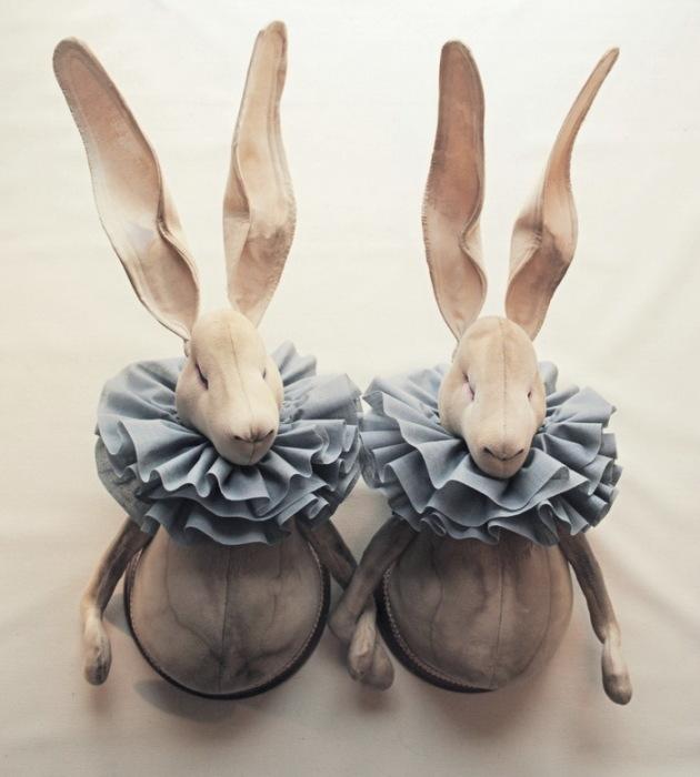 Забавные зайцы из ткани