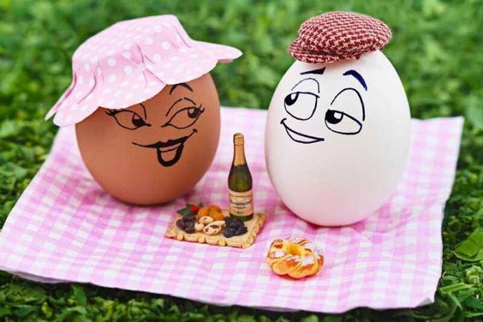 Веселые яйца из коллекции игры с едой