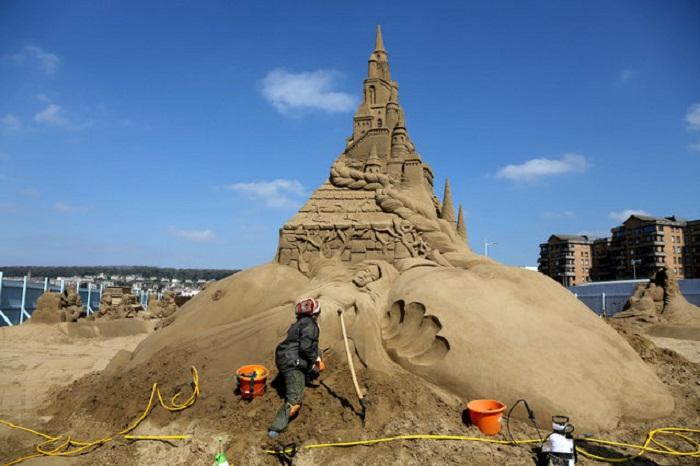 Фестиваль песочных скульптур Weston-Super-Mare.