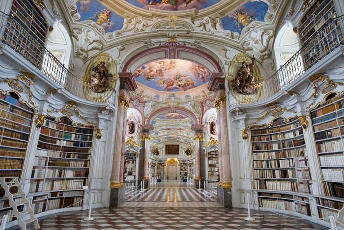 Admont Abbey - монастырь в стиле барокко