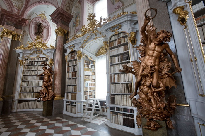 Роскошный монастырь Admont Abbey