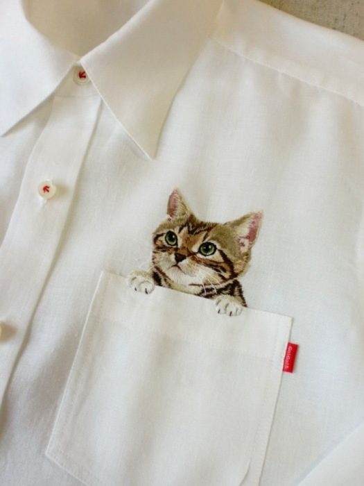 Котёнок из кармана вышивка