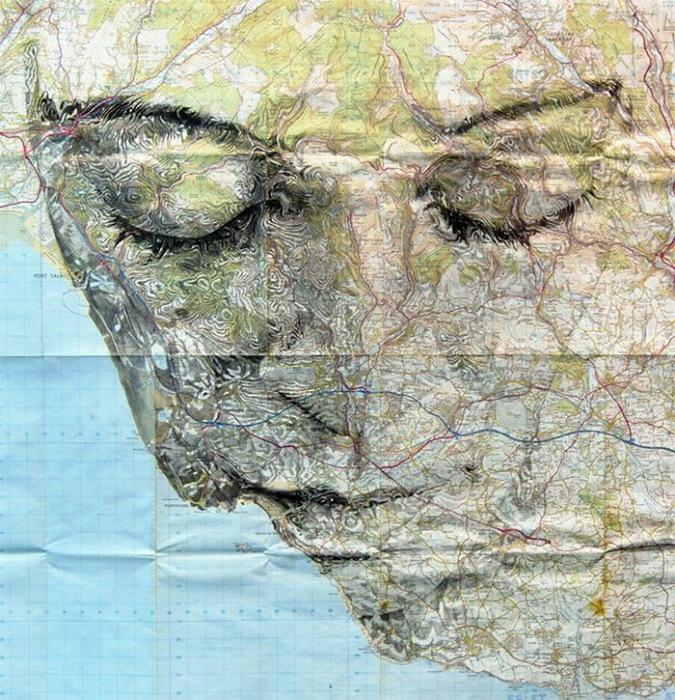 Портрет из географической карты