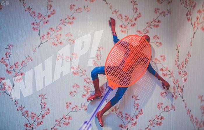 Мухобойка для человека-паука