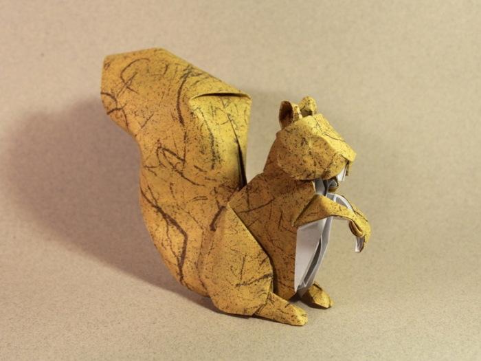 Оригами от вьетнамского художника Nguyen Hung Cuong