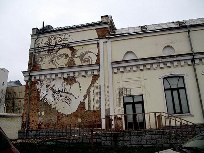Колоритные портреты на стенах от художника Alexandre Farto aka Vhils