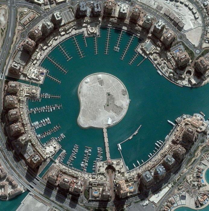 Остров, снятый со спутника