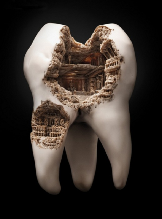 Необычная реклама зубной пасты.