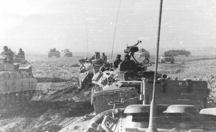 Провинция Герат, Шинданд, 650 ОРБ, усиленный инженерно-саперной и огнеметной ротами, на боевом выходе в районе иранской границы (1984).