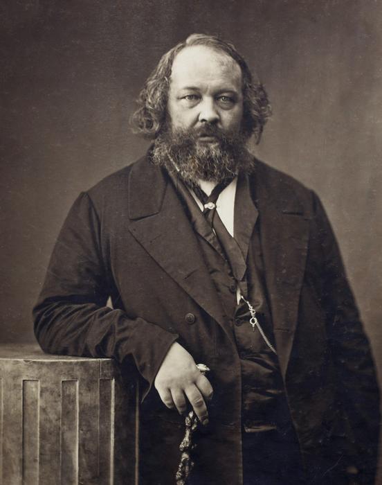 Анарзист Бакунин, вызвавший на дуэль Карла Маркса.