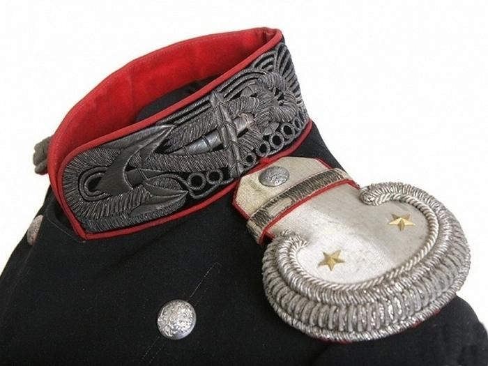 Парадный мундир времён Николая I