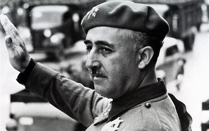 Любитель кинематографа каудильо Франко.