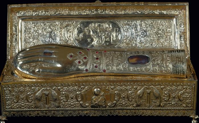 Мощи святого великомученика Георгия Победоносца (правая десница)