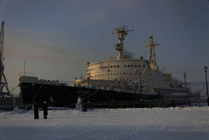 Атомный ледокол Ленин.