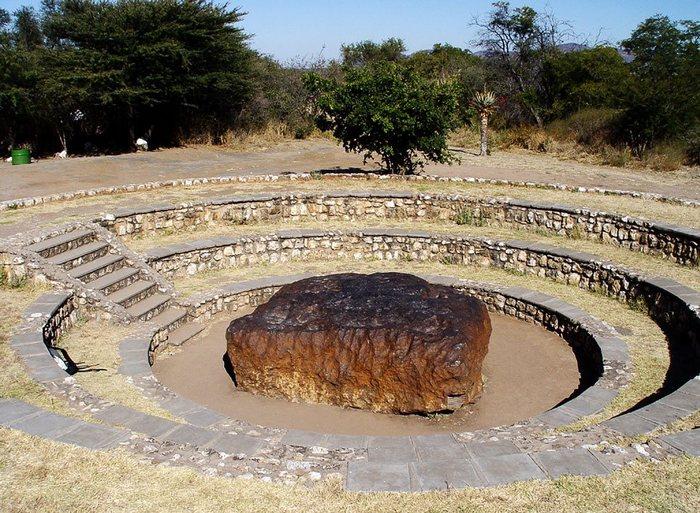 Метеорит Гоба - самый большой метеорит (Намибия)