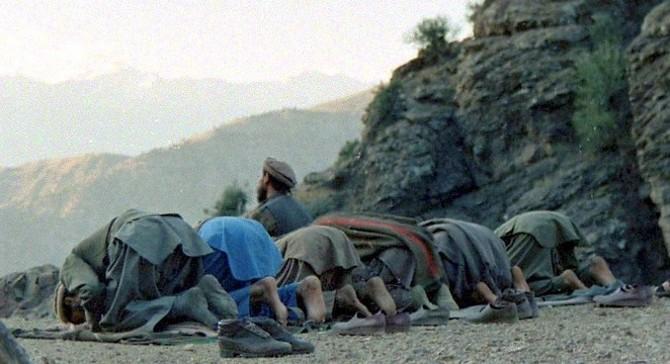Моджахеды за молитвой.Кунар. (1987)