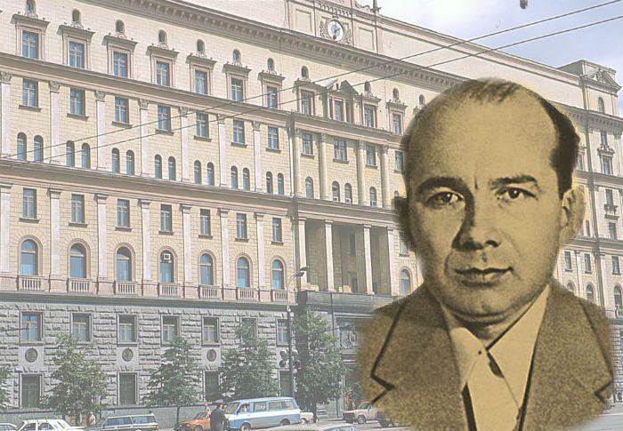 Пётр Попов - офицер-шпион.