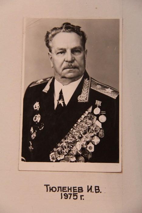 Генералом  советской армии Иван Тюленев, полный кавалер Георгиевского креста.