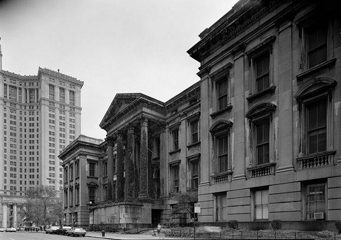Здание нью-йоркского окружного суда стоило дороже, чем вся Аляска.