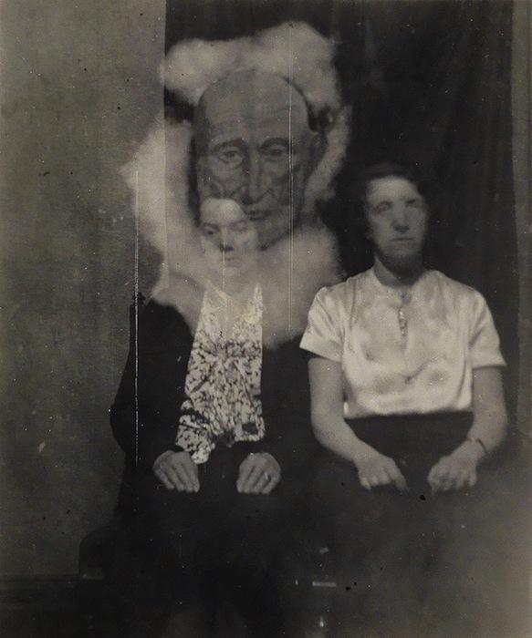 Очень правдоподобная фотография с призраком пожилого мужчины