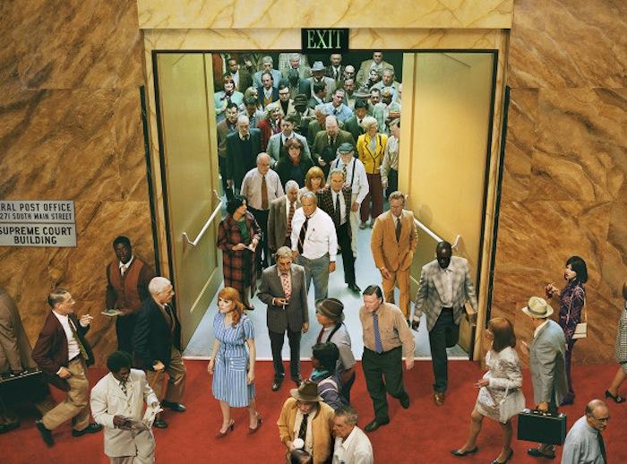 «Лицо в толпе»: вестибюль