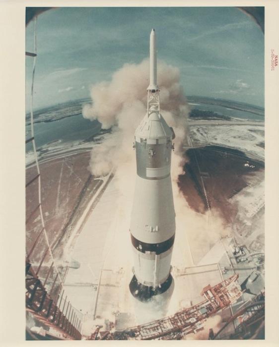 Взлет Apollo 11, вид с пусковой башни, июль 1969