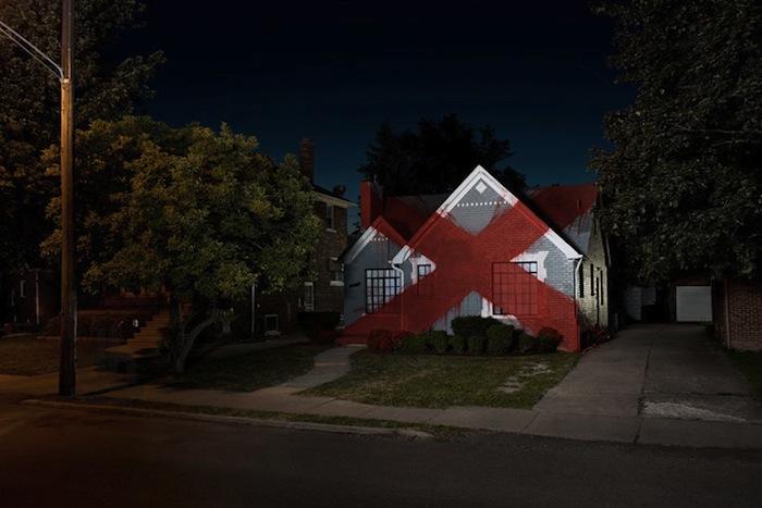 Иэн Стрендж, проект «Загородный» («Suburban»). Никого нет дома