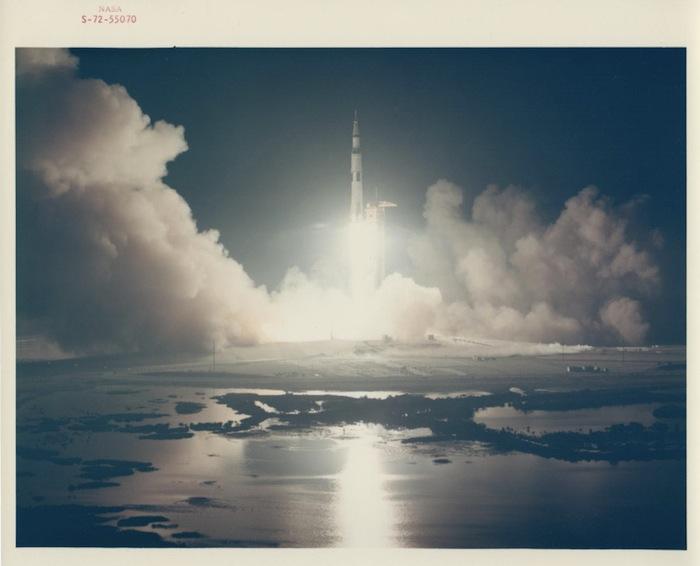 Запуск последнего космического корабля, отправленного на Луну, Apollo 17, декабрь 1972