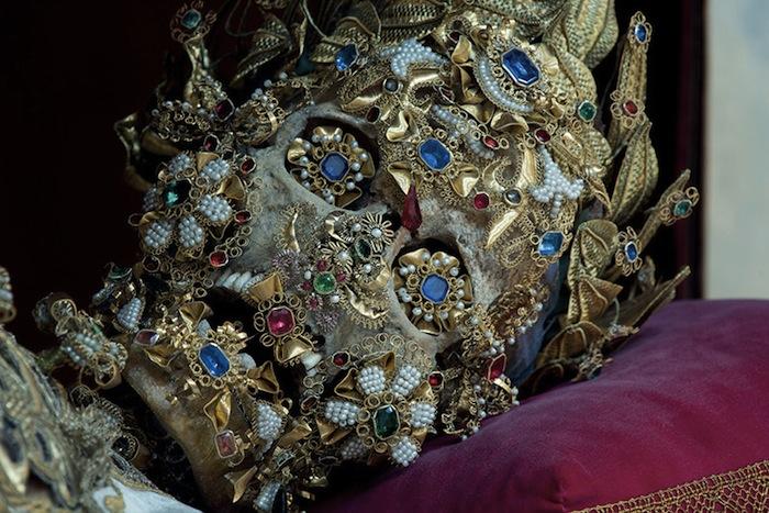 Святой Бенедикт в церкви Святого Михаила в Мюнхене.
