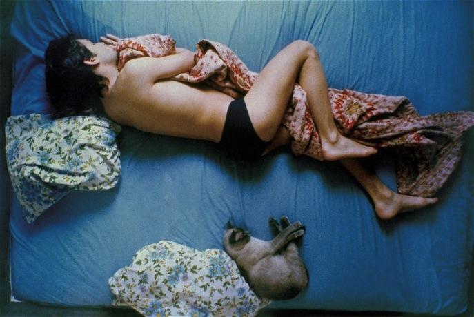 Peter and Cat (фрагмент), 1979. После публикации на обложке журнала New York Times Magazine серия фотографий Питера и его кошки стала одной из самых известных работ Теда Спаньи