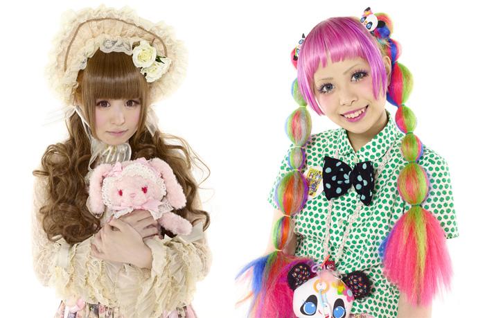 Некоторые токийские модницы включают в свои наряды элементы косплея