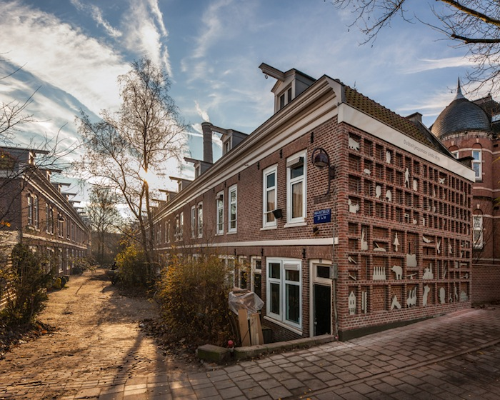 История грошовых домов в проекте Марджет Весселс Бур (Marjet Wessels Boer)