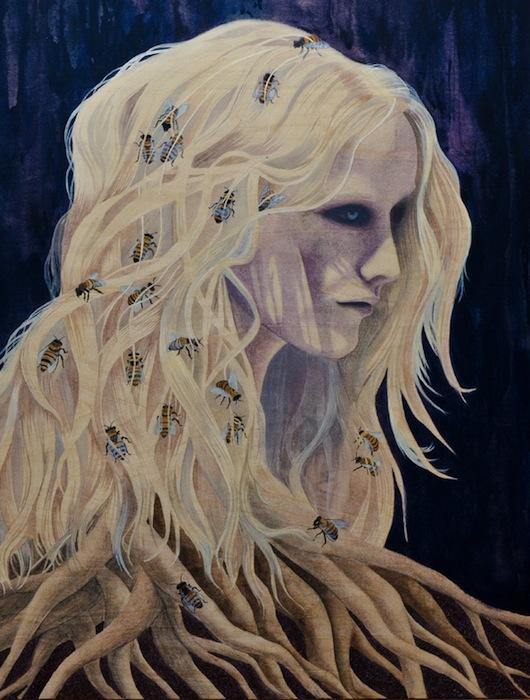 Один из повторяющихся мотивов в её живописи — это пчёлы, ползающие по отдельным светлым локонам