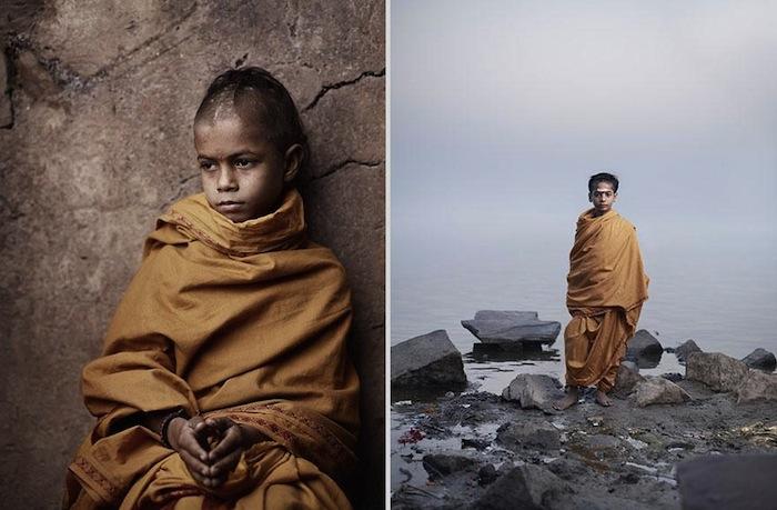 Слева: Амит Бьяси. Справа: Банми Шри Ра