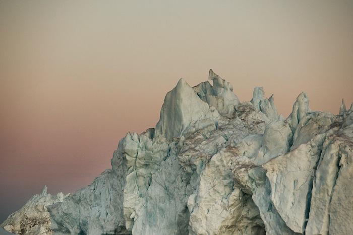 «Таяние/Портрет айсберга» («Melt/Portrait Of An Iceberg») Саймона Харсента (Simon Harsent's)