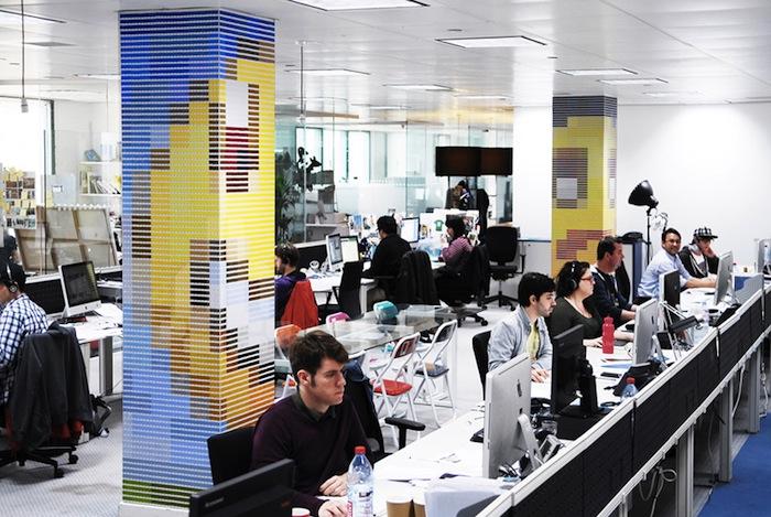 «Бумажные Пиксели» («Paper Pixels») в студии OgilvyOne в лондоне