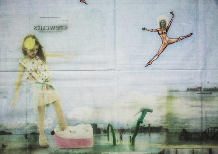 Переведённые фотографии из «Нью-Йорк Таймс» художник дополнил ручной графикой