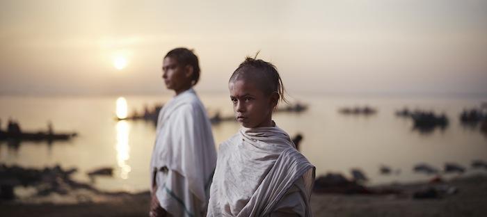 Амит Бьяси и Банми Шри Ра, ученики Батук