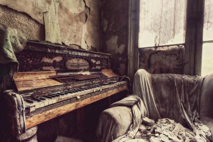 Пугающие руины, автор - Джина Соден (Gina Soden)