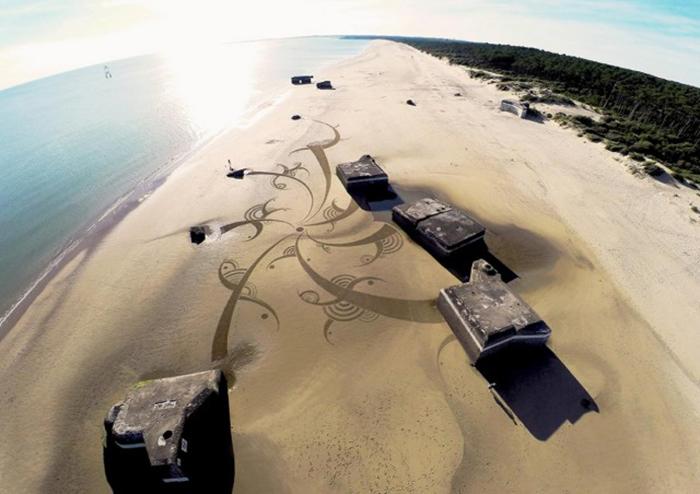 Абстрактные картины на пляже от Бенджамина Джахана (Benjamin Jehan).